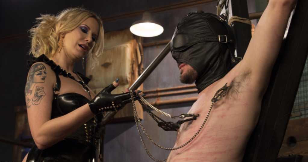 padrona matura tortura schiavetto